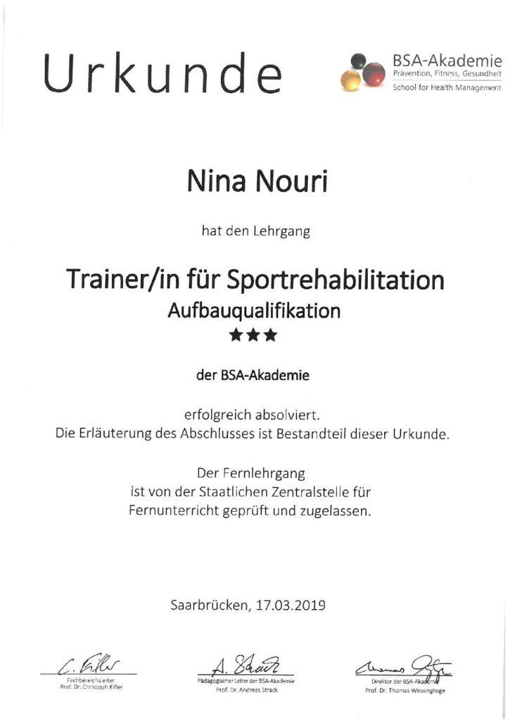 Trainer Fur Sportreha Nina Nouri Fussball